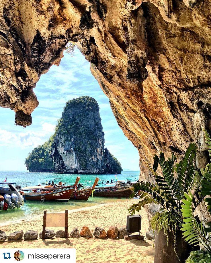 #Repost @misseperera : Beautiful Railay beach in Thailand from inside the cave  Preciosa la playa de Railay en Tailandia desde el interior de la cueva.  #iamtb #travelblogger #cueva #cave #thailand #tailandia #asia #playa #beach #amazing #awesome #paradise #paraiso #travel #viajar #viaje #instatravel #travelgram #mytravelgram #wanderlust #instatraveling #traveler #traveling #traveller #travelling by travelbloggeres