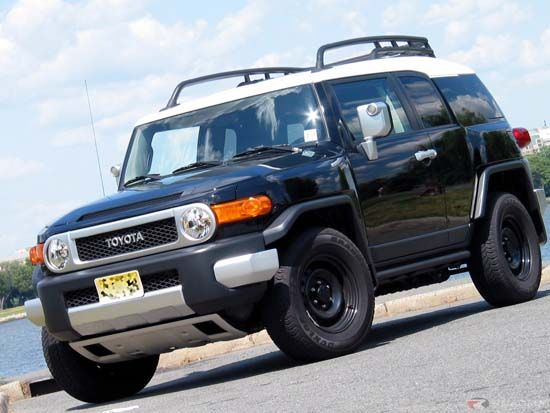 2015 Toyota FJ Cruiser Specs,design and review - http://www.jonelyn.com/2015-toyota-fj-cruiser-specs-design-and-review
