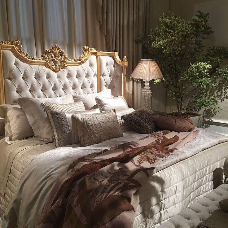 Фабрика#Provasi#не изменяет своему стилю и в этом году. На Ваш изысканный вкус предлагают новую коллекцию мебели для гостиной и спальни #Milanorhofiera#interior#interiors#fashion#livingroom#decor#decoration#interiordesign #interiordesigner#realestate#fashion#home#design#luxuryhomes#luxury# furniture#luxurudesign#luxurulife#интерьерныйбутик#элитнаямебель#антикризиснаяпрограмма#современнаякласика#современныйинтерьер#Италия#Милан#выставка2016#Milano2016#iSaloni2016# by mebel.design
