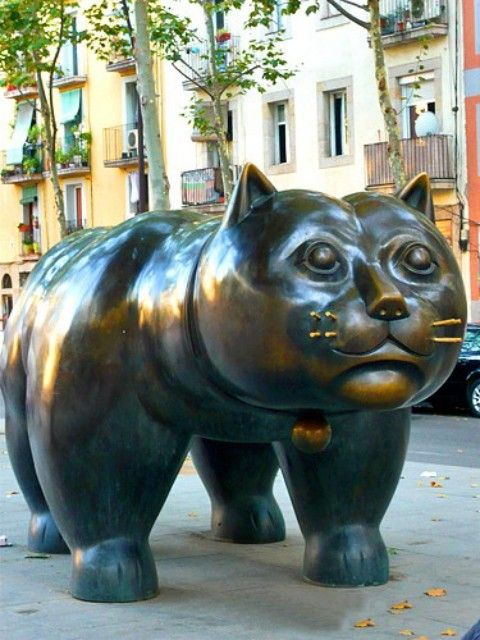 "El gato gordo. Barcelona | Botero. I thought, ""what if they replaced the bull on Wall Street with this?""."