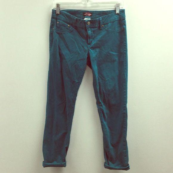 Stretchy Turquoise Pants Stretchy Turquoise Pants! Size 7! No Damages. Body Central Pants