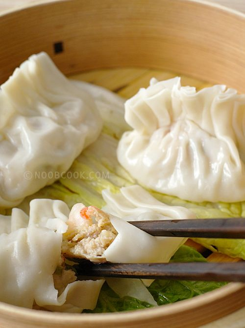 Steamed dumplings, Dumplings and Dim sum on Pinterest