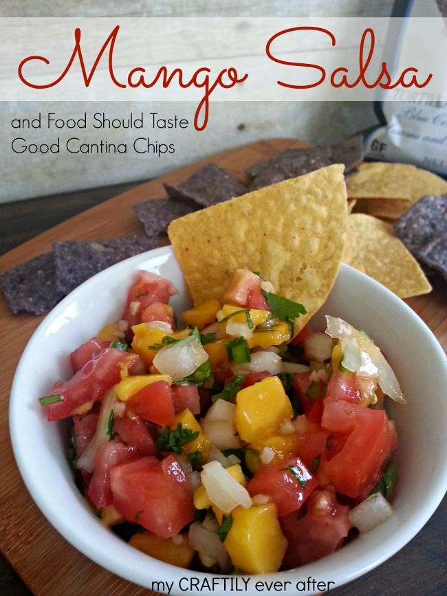 Create this light and summery mango salsa with only 5 ingredients!  Then serve it up with some Food Should Taste Good cantina chips! @Aubrey ♥ Taylor mnsar Saad Should Taste Good  [My Craftily Ever After]