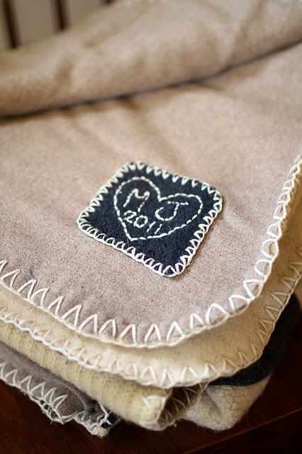 Cute quilt label with initials. i like this finishing idea