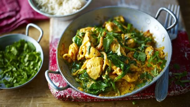 Chicken and spinach balti        This fresh-tasting easy chicken curry is a delicious recipe to have up your sleeve when you're cooking for two.