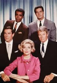 Mission Impossible Task Force : Barbara Bain as Cinnamon Carter, Martin Landau as Rollin Hand, Peter Graves as Jim Phelps, Greg Morris as Barney Collins and Peter Lupus as  Willy Armitage