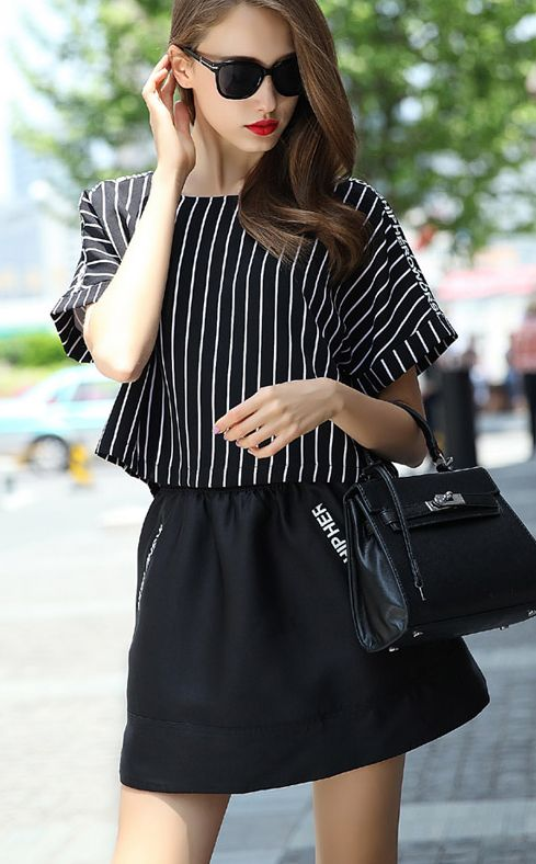 Black Short Sleeve Vertical Stripe Two Pieces Dress 23.33