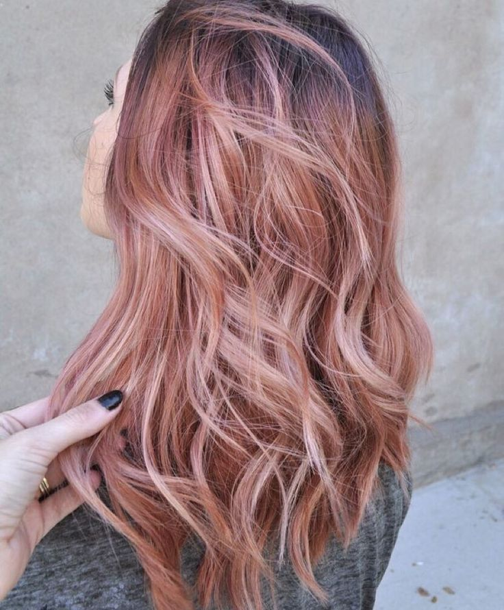 """62 Likes, 17 Comments - Venice Extensions NYC (@veniceextensionsnyc) on Instagram: """"Thoughts on the Rose Gold trend for hair color? Are you for it? ✨ #trending #haircolor #rosegold…"""""""