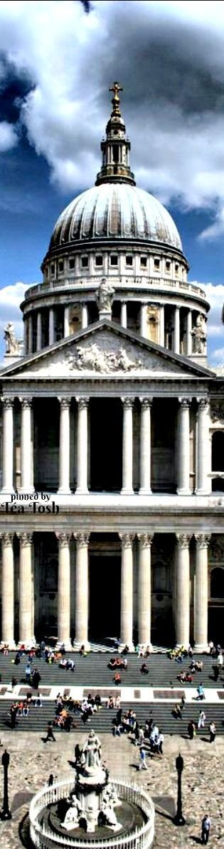 ❇Téa Tosh❇ St Paul's Cathedral, London, is an Anglican cathedral