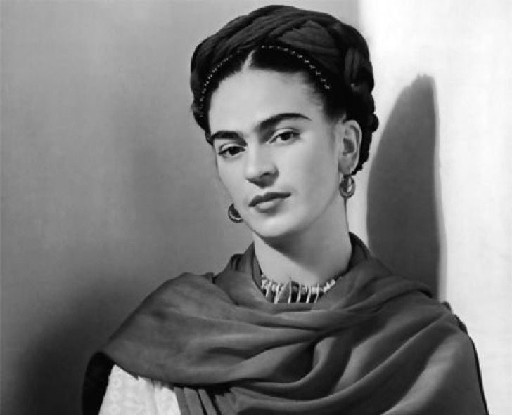 Familia de Frida Kahlo obligó a un blog feminista a cerrar por usar imagen de la artista mexicana