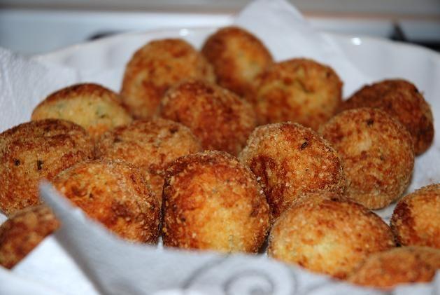Augergine meatballs.. a vegetarian recipe