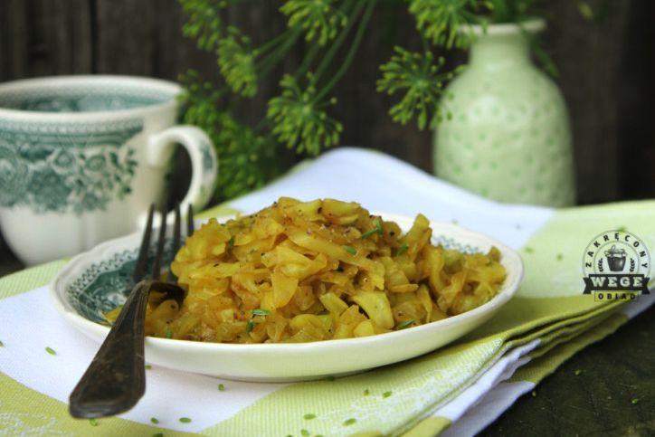 Kapusta curry – dobra na poście dr Dąbrowskiej