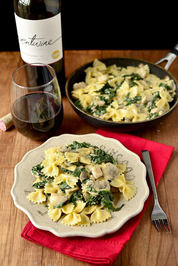 Food For Thought | Creamy Kale and Mushroom Chicken Pasta – This delicious dinner recipe encompasses the taste of a 5-star meal, but with the comfort of being at home.