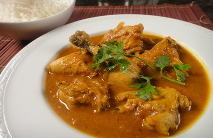 Kairi Murgh: Chicken pieces cooked in tangy raw mango gravy.