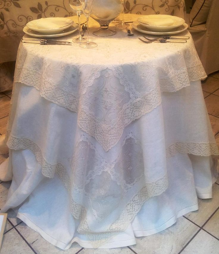 One of the Lace #Tablecloth of our new collection! #Lace #MadeInItaly  @ISDDesigners