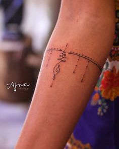 Unalome bracelet ✨ para Carol // @ajna_tattoo