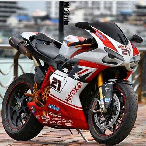 Ducati 1198 Troy Bayliss Replica