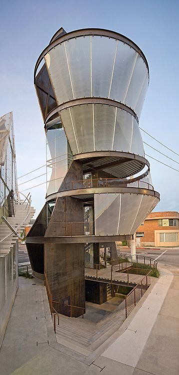 Samitaur Tower, by Eric Owen Moss Architects. Culver City, California
