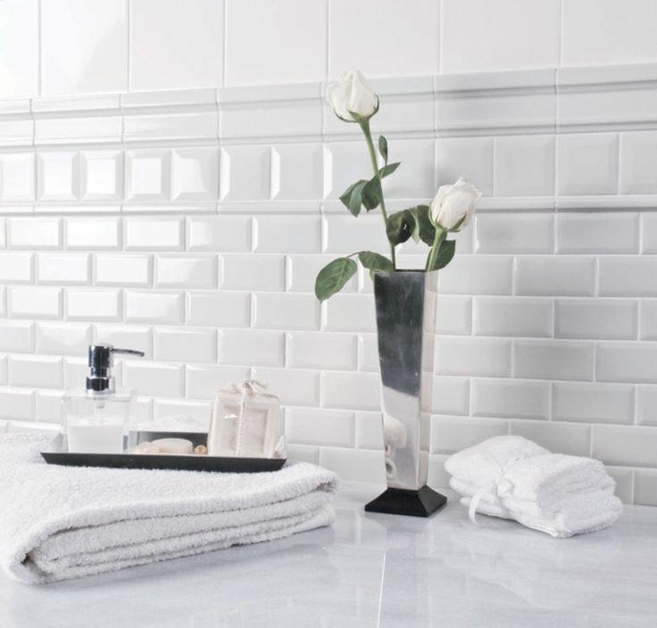 M s de 25 ideas incre bles sobre azulejos blancos en for Imitacion azulejos cocina