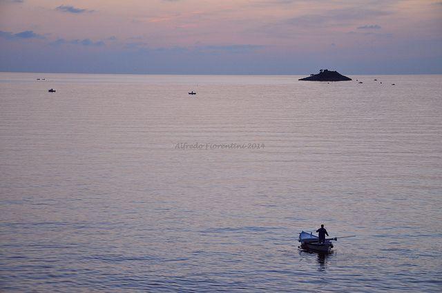 il mare calmo della sera   Flickr – Rovigno