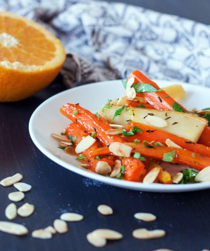 Pieczone warzywa korzeniowe z miodem i sokiem pomarańczowym