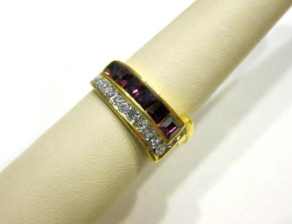 Vintage Purple Stone Ring Size 9 Ring Large Glass Stone Gold