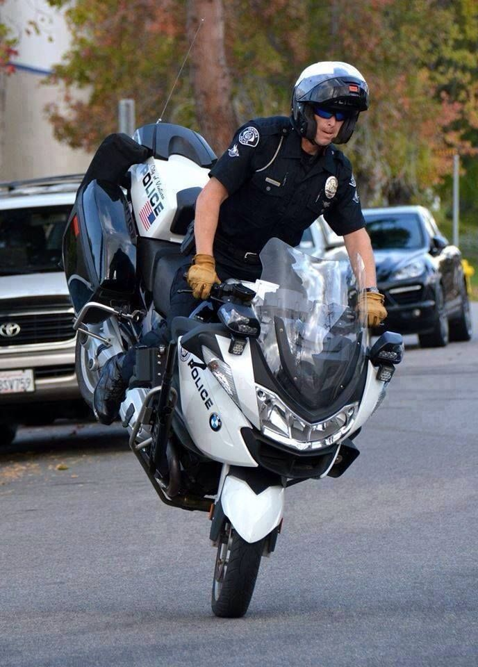 BMW R1200RT  #police #motorcycles #setcom  http://setcomcorp.com/wireless.html