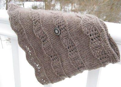 christmas cowl pattern: Knits Crochet, Cowls Patterns, Christmas Cowls, Knitting Crochet, Knits Patterns, Cowls Knits, Cowls English, Free Cowls, Free Patterns