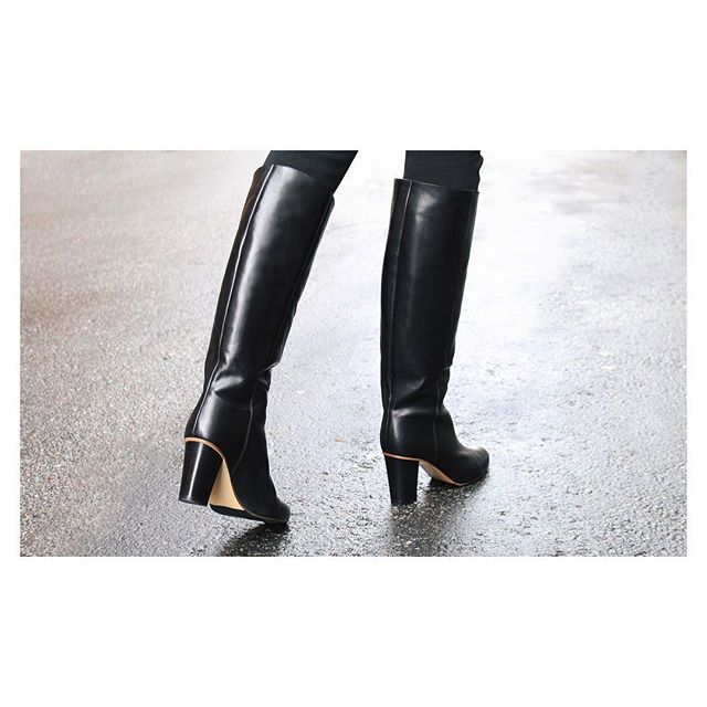 Strolling though Sunday in ATP Atelier boots Fanny #atpatelier #atpatelierweekends #boots