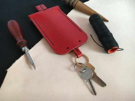 Red leather key pouch Key case leather Red patent от DodoLeather