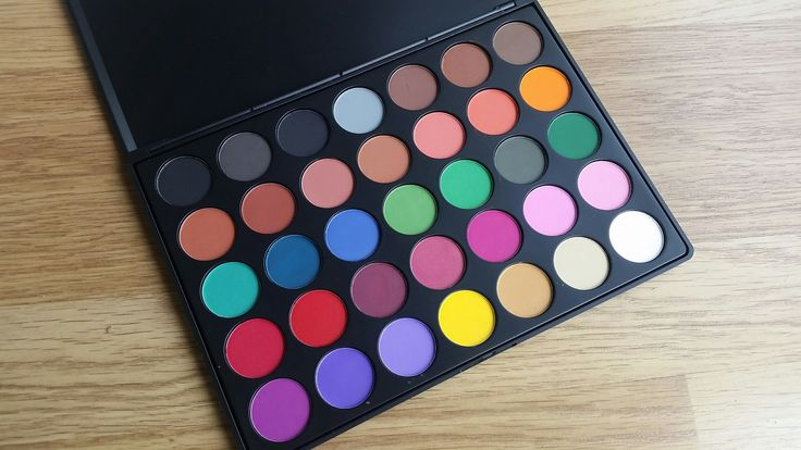 Review – Paleta 35C Multi Color Matte Palette de Morphe Brushes – Lara MakeUp