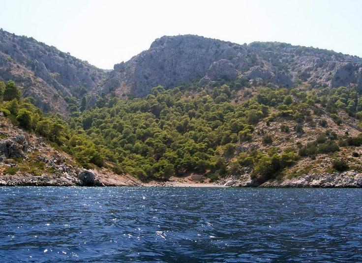 Hydra - Beach of Agios Georgios  by www.hydra.gr/en/