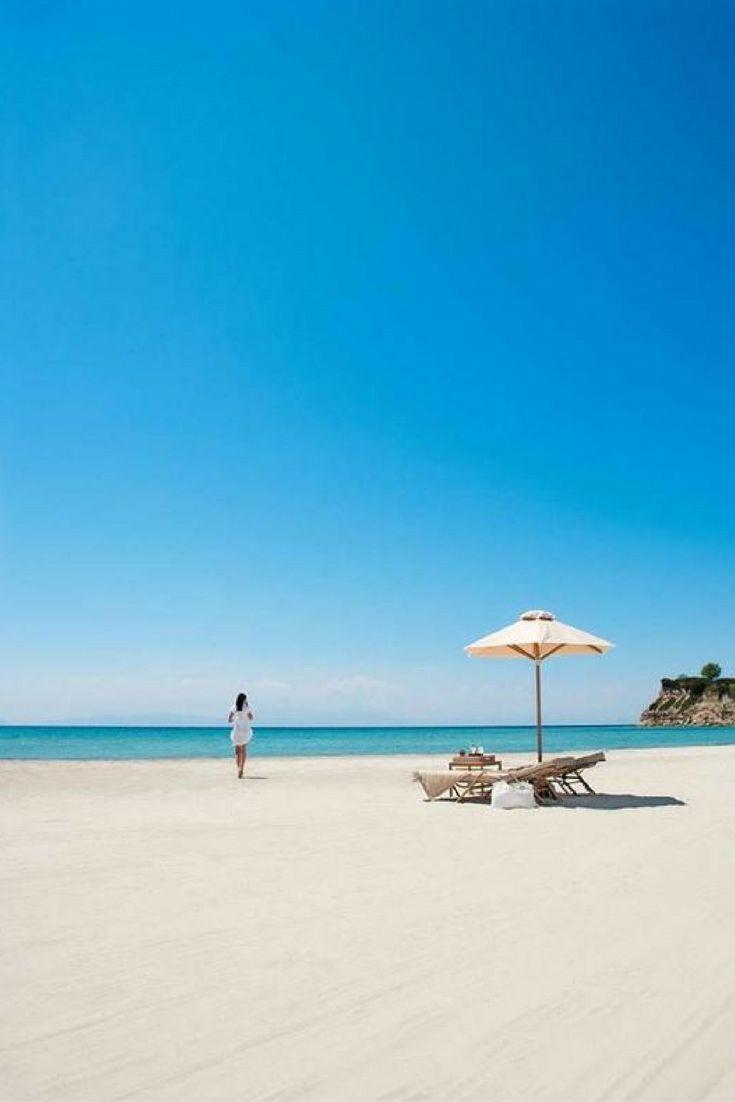 Chalkidiki is een Grieks schiereiland waar jij kan gaan genieten van de zon, de zee en het heerlijke strand. Profiteer van veel voordeel met deze vroegboeker! https://ticketspy.nl/deals/wat-een-vooruitzicht-8-dagen-genieten-op-het-griekse-chalkidiki-va-e312/