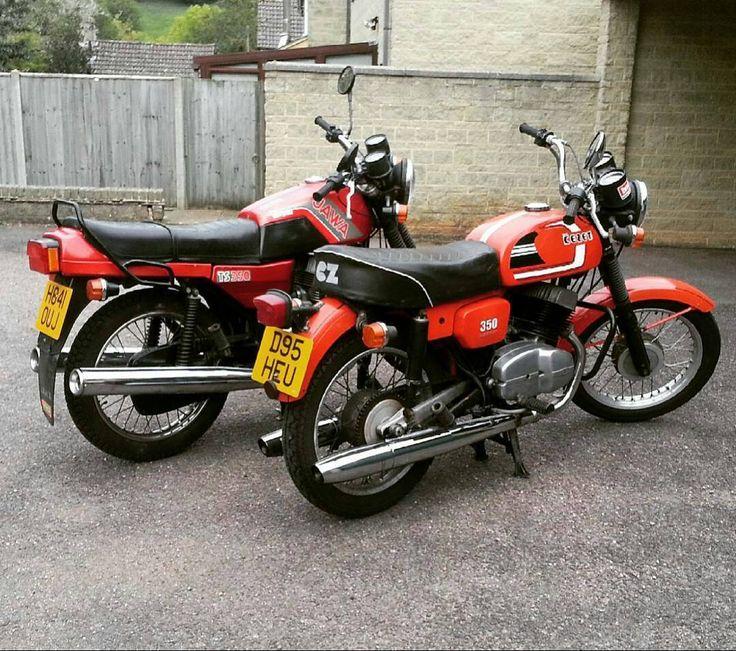 Jawa 638 type and cz472 type 350cc machines! Repost @elbandito472 #jawa #jawamotorcycles.com#jawamotorcycles #jawayezdi #idealjawa#2stroke #bikersofinstagram #bikeswithoutlimits #bikestagram #bikers #bikelife #bikeride #bikeporn #bikergang #motorcycles #yezdi #retro #czech #vintage #vintagebike #india #motocross #motorsport #motorbike #czechoslovakia
