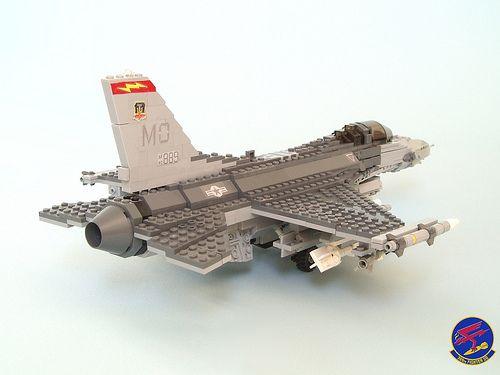 389th FS 'Thunderbolts' F-16C (4)   The 389th FS ''Thunderbo…   Flickr