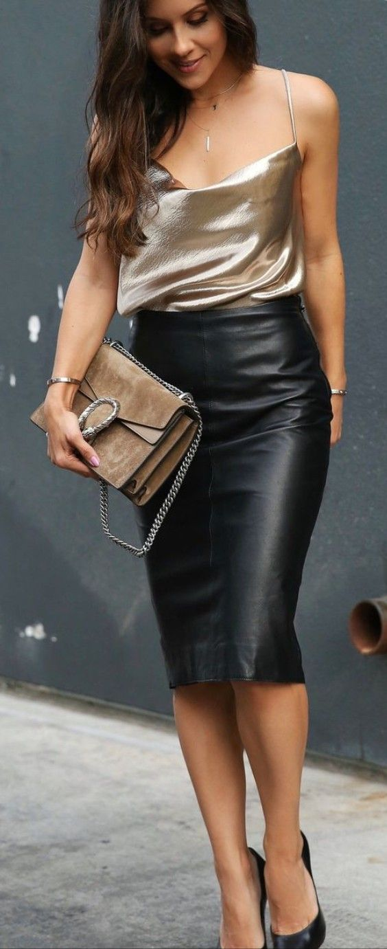 9e8f575d32 leather skirts fashion in 2019 | Black leather skirt outfits, Pencil skirt  outfits, Black leather skir…