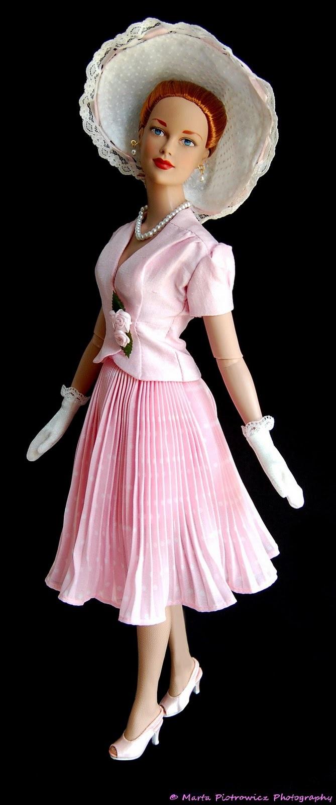The Doll Whisperer: Society Starr Brenda OF [2005/LE300] modelled by Basically Brenda