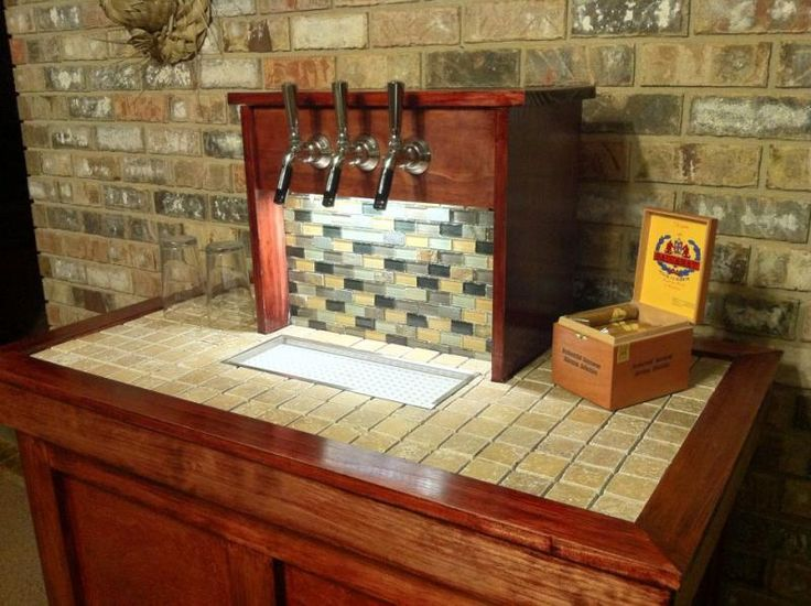 19 best images about homebrew kegerators keezers taps for Home bar with kegerator space
