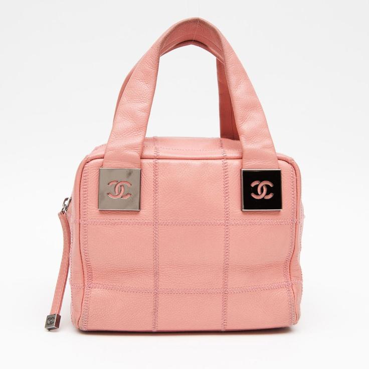 Designer handbags look books