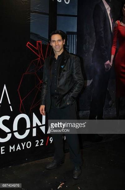 mexican-actor-and-model-valentino-lanus-poses-during-the-presentation-picture-id687404976 (402×612)