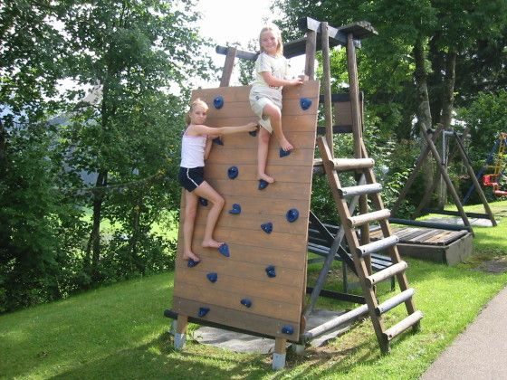 1000 images about climbing wall on pinterest backyards for kids and kids rock climbing. Black Bedroom Furniture Sets. Home Design Ideas