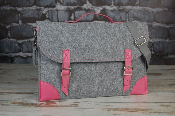 Hey, I found this really awesome Etsy listing at https://www.etsy.com/listing/181304708/macbook-pro-15-inch-bag-felt-laptop-bag