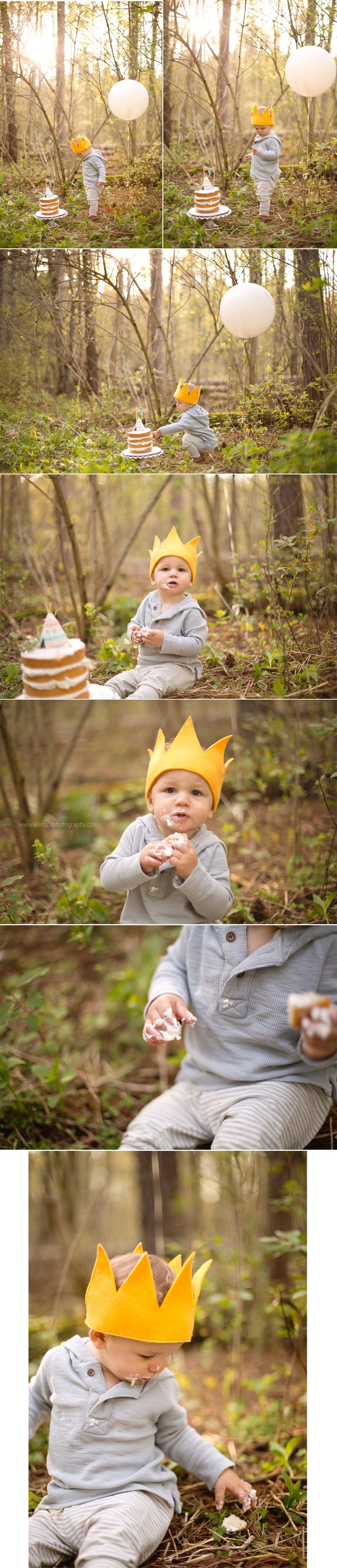 Cake Smash | Toronto Baby Photographer | First birthday inspiration