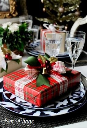 Oh how I love plaid at Christmastime!