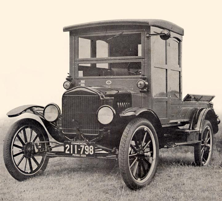 model T | 1920 Ford Model T with a Hercules Manufacturing Co. 'Business Body ...
