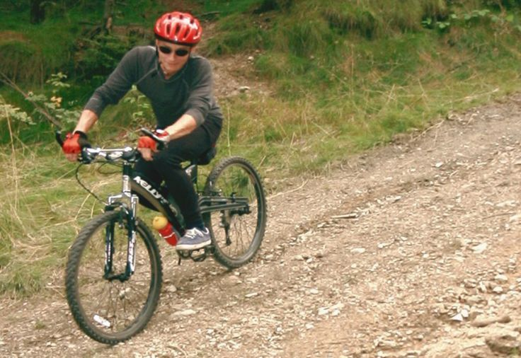 Downhill ride on professional tracks - Easy - Perfect mountain bike tracks.