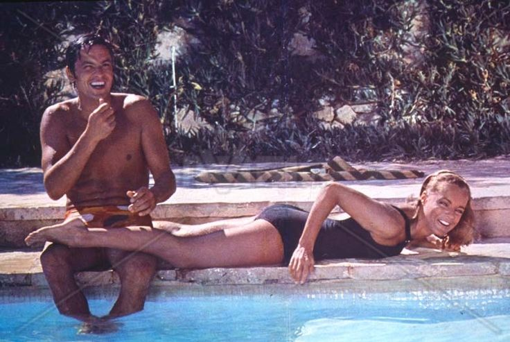 La Piscine de Jacques Deray - 2 others Super Stars in France - Alain Delon and the wonderful Romy Schneider