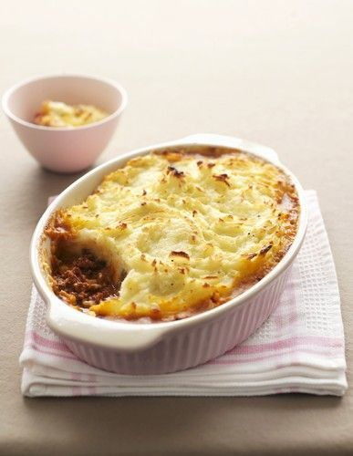 This recipe is making us crave shepherd's pie. Yum! http://thestir.cafemom.com/food_party/169713/traditional_irish_shepherds_pie_recipe?utm_medium=sm&utm_source=pinterest&utm_content=thestir&newsletter