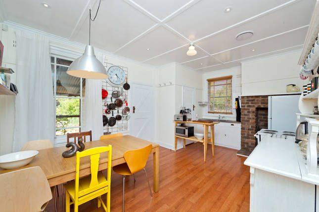 Ainslie Art House, a Canberra Cottage/ House   Stayz