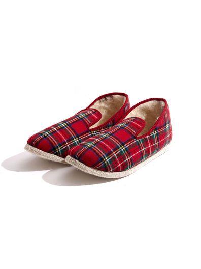 Rondinaud Women's Charentaise Red Plaid Slippers